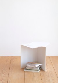 http://www.crowdyhouse.com/nl/shop/shift-side-table/