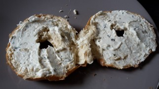 bagel-ontbijtspek-rucola-3