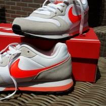 nike-sneakers-wit-2
