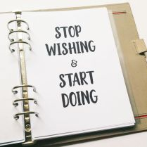 http://www.infiniteplanner.stfi.re/2016/12/14/set-bullet-journal-new-year/?sf=lwxkpwn#aa