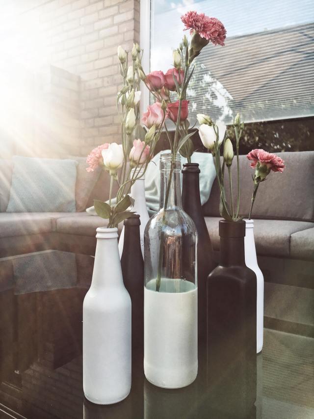 wijn- en bierflesjes vazen