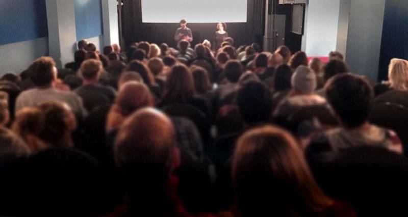 La segunda edición del festival Invasión contó con una oferta dedicada al cine similar a la presente configuración.