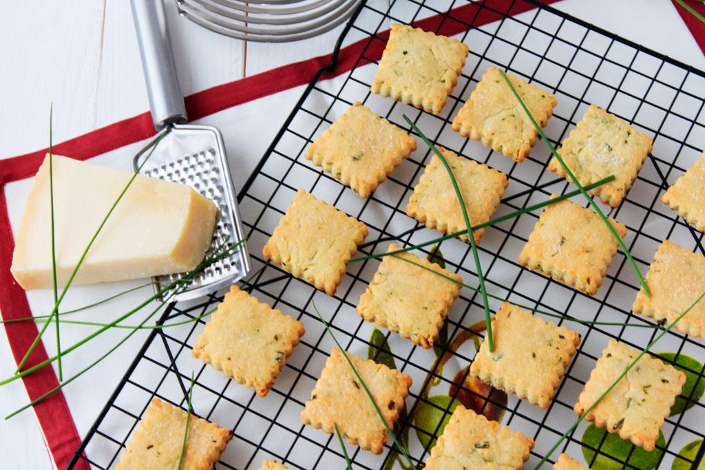 galletas-parmesano-cebollino-1