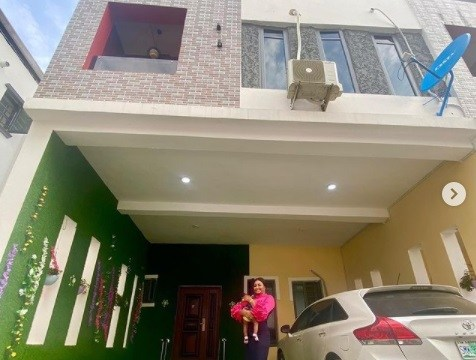 Nollywood Actress, Etinosa Idemudia acquires lekki home