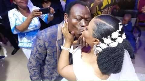 New photo shows Pastor Moses Adeeyo and tTina ignoring all to enjoy their marital bliss