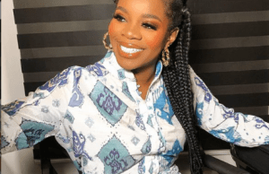 Wizkid's first babymama, SHola vives to his new song