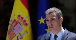 Spain to offer adults $300 to leave parents home