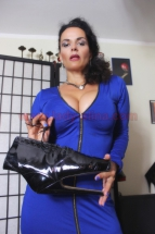 Für den Stoffe + Nylon + High Heel Fetischisten - Blaues Satin Kleid-001