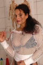 Chefklinikerin Alina Sommer 003 143x215 - Outfit Chefklinikerin Alina Sommer