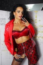 Domina Lady Alina K%C3%B6ln 03 1 143x215 - Outfit Domina Lady Alina