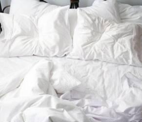 Rifare il letto fa male alla salute: attira gli acari