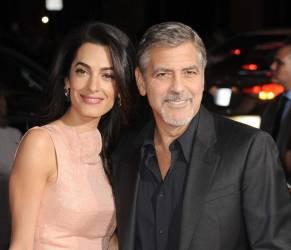 "Amal Alamuddin incinta, George Clooney: ""Siamo molto felici e..."