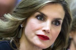 Letizia Ortiz, ecco chi si nasconde dietro i suoi look!