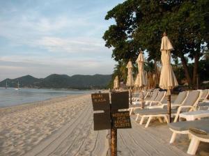 Buri Rasa Village location is beachfront