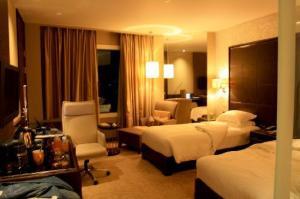 Grand-Millennium-Sukhumvit-Hotel-room