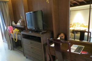 Le Meridien Koh Samui Resort & Spa room amenities
