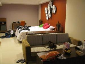 Lulaby Inn Silom view of the whole room