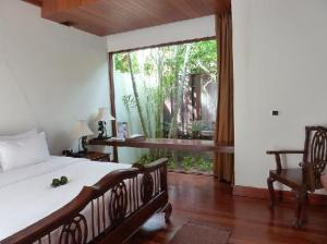 Malisa Villa Suites bedroom