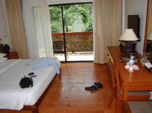 Salathai Resort bedroom