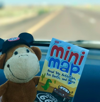Be sure to bring a guidebook and/or maps on your Route 66 adventure! #monkeysroadtrip | Photo credit: Krista