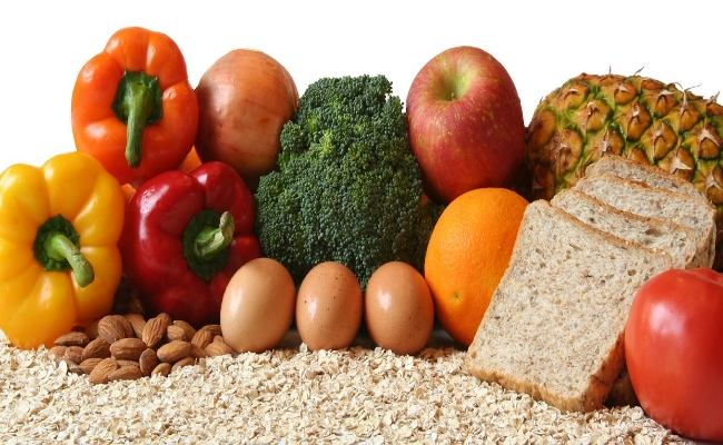 Whole grains and raw vegetables
