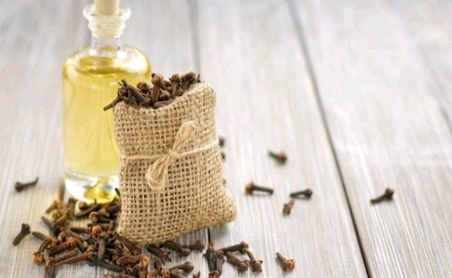 Diluted Clove Oil