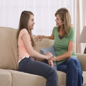 4 Tips To Deal With First Menstruation Of Your Daughter