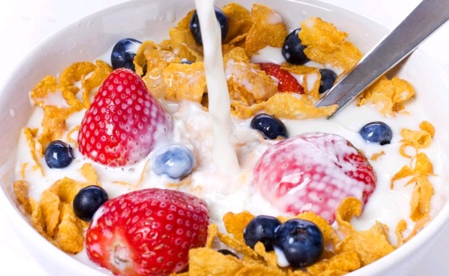 Cereal With Milk And Fruits