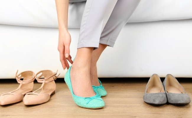 1dd21f32c2885 ... during pregnancy and post-delivery you might notice that you no more  fit into your earlier pair of shoes. Yes, this might happen; you shoe size  changes ...