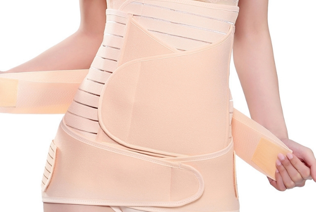 Tightly cover your tummy with a cloth
