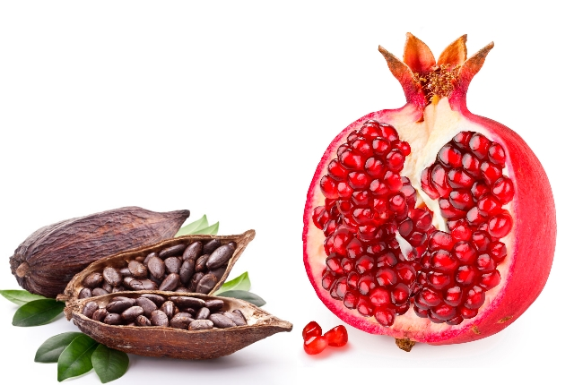 Pomegranate And Cocoa Face Mask