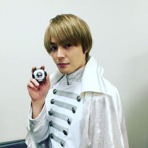 劇場版 仮面ライダーゴースト 100の眼魂(アイコン)とゴースト運命の瞬間