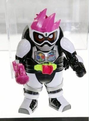 LVUR01 仮面ライダーエグゼイド アクションゲーマー レベル1