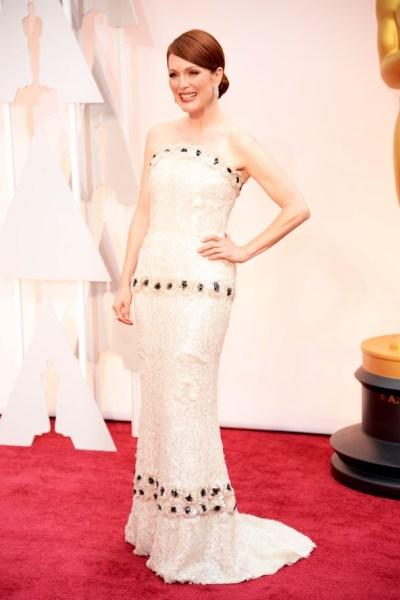 Julianne Moore Oscar Dress