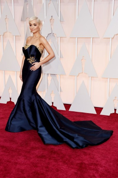 rita-ora-oscar-dress-lady-goldapple