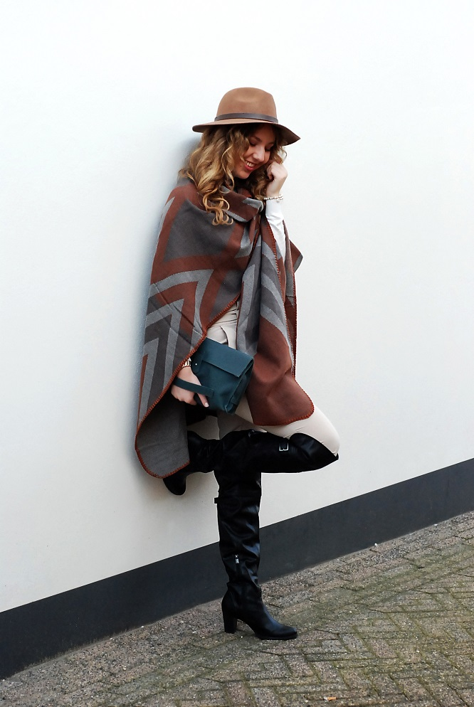 Autumn Winter Lookbook - the Poncho