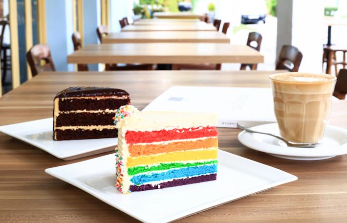 W39 Rainbow Cake