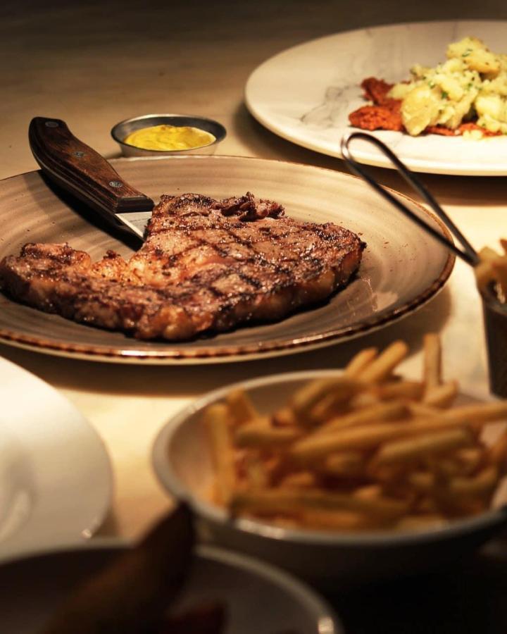 Ginett Restaurant & Wine Bar Steak
