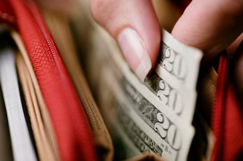 6 Simple Ways to Shop Smarter
