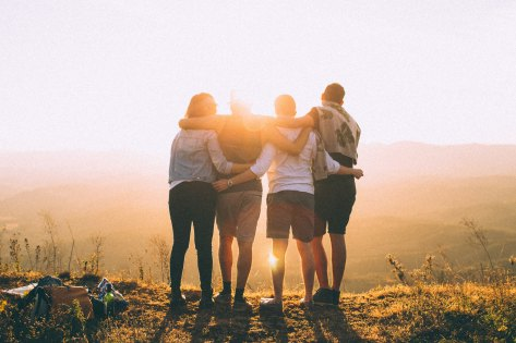 5 Simple Ways to Reconnect with Old Friends