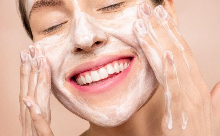 Skincare habits everyone should adopt