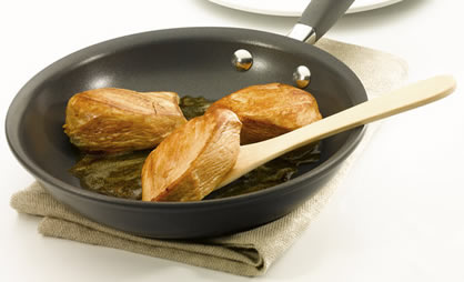 Detox Your Home: Avoid Nonstick Pans