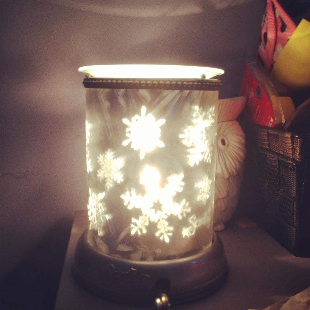 December 2013: Let it Snow