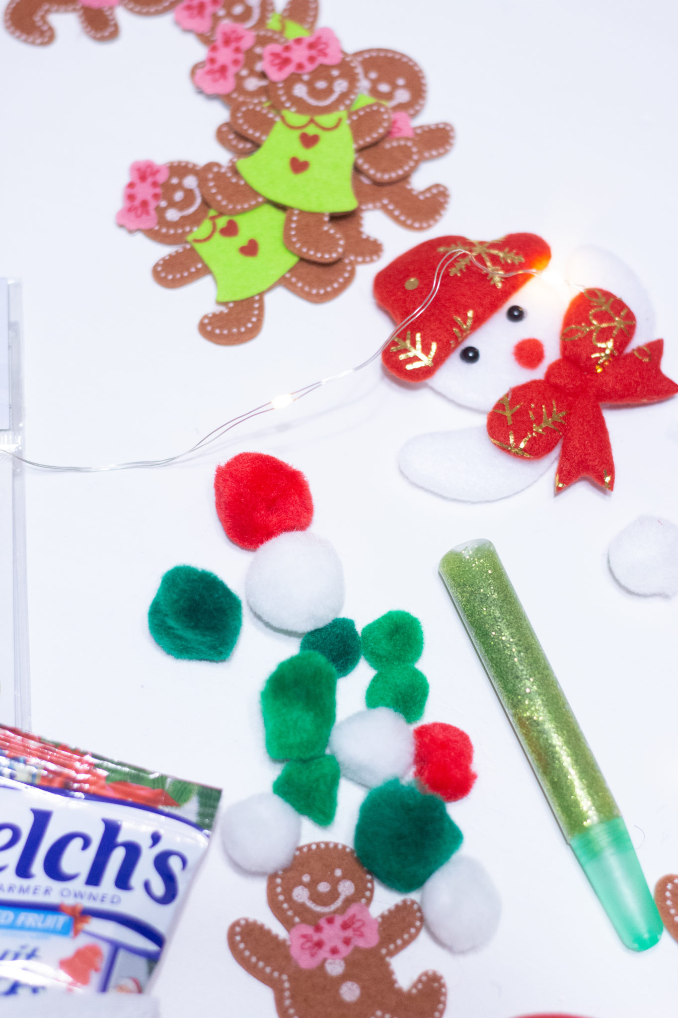 Easy DIY Advent Calendar - Welch's® Christmas Fruit Snacks