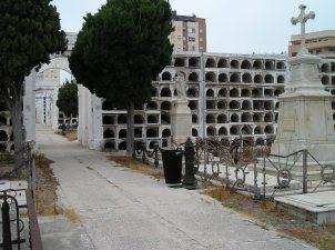 Estado que presentaba el cementerio de San José en 2012