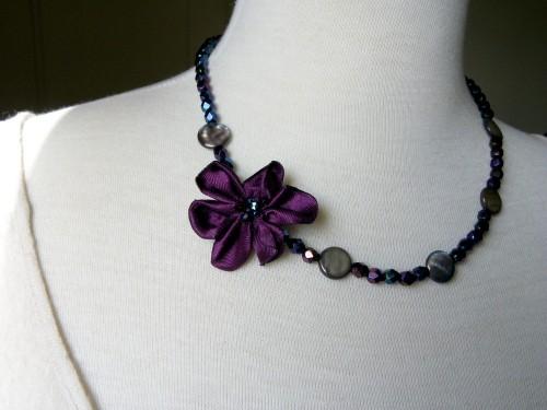 collier-fleur-violette2