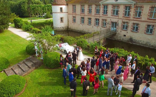 photo drone mariage vin d'honneur - la fabrique a mariage