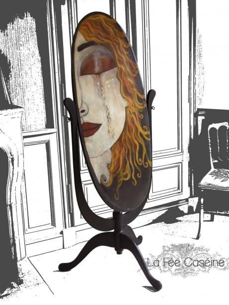 Arrière de Psyché peinte en Graphite avec feuille d'or - La Fée Caséine