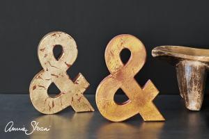 Technique de relooking de meubles à la feuille d'or ou à la cire dorée