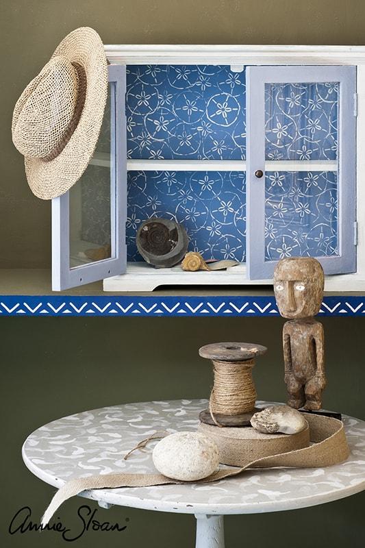 meuble relooké avec le pochoir étoile de mer d'Annie Sloan